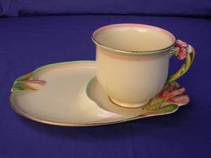 Royal Winton Honey Lily Tennis Set