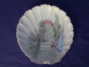 Shelley Archway of Roses Pin Dish