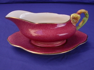 Royal Winton Rouge Petunia Gravy Boat & Underplate