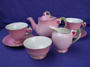 Royal Winton Pink Petunia Tea Set