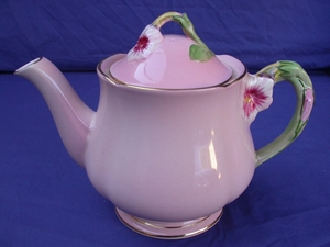Royal Winton Pink Petunia Teapot