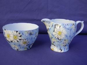 Shelley Blue Daisy Chintz Creamer & Sugar Bowl