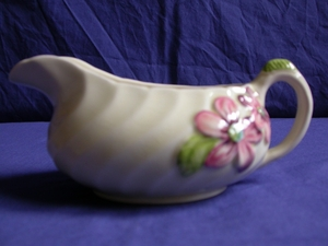 Clarice Cliff Floral Fluted Gravy Boat