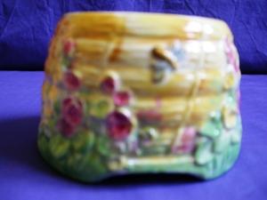 Royal Winton Bee Hive Sugar Bowl