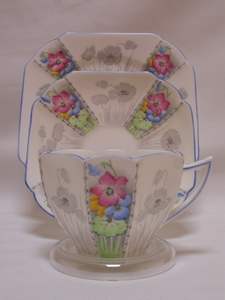 Shelley Voilets (12120) Cup, Saucer & Plate